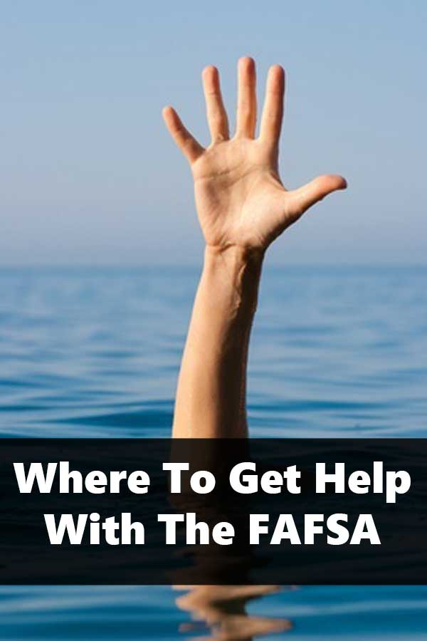 #DIYCollegeRankings Guide to free FAFSA help including in-person help, hotlines, webinars, and walk-throughs. Find the right resource for you. #CollegeAdmissions #PayingForCollege